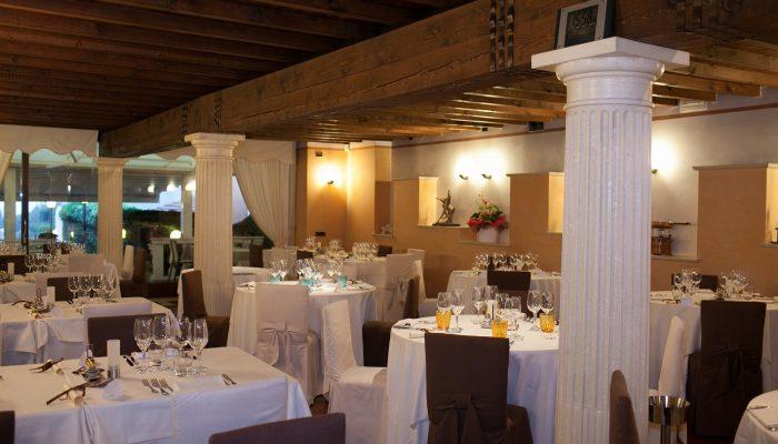 Antica-Contrada-trattoria-restaurant-sirmione