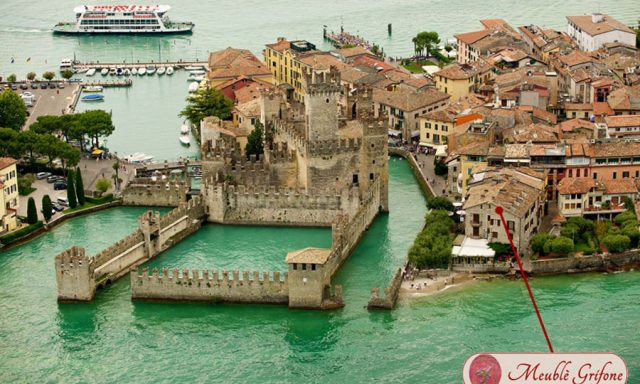 Hotel grifone sirmione vieille ville lac de garde italie for Hotel meuble grifone sirmione