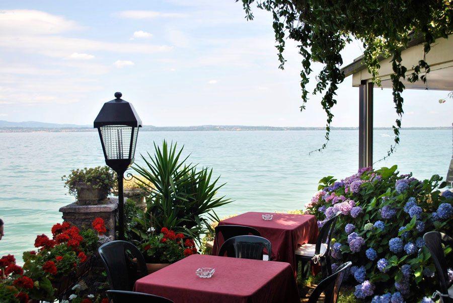 Hotel grifone sirmione centro storico lago di garda for Hotel meuble grifone sirmione