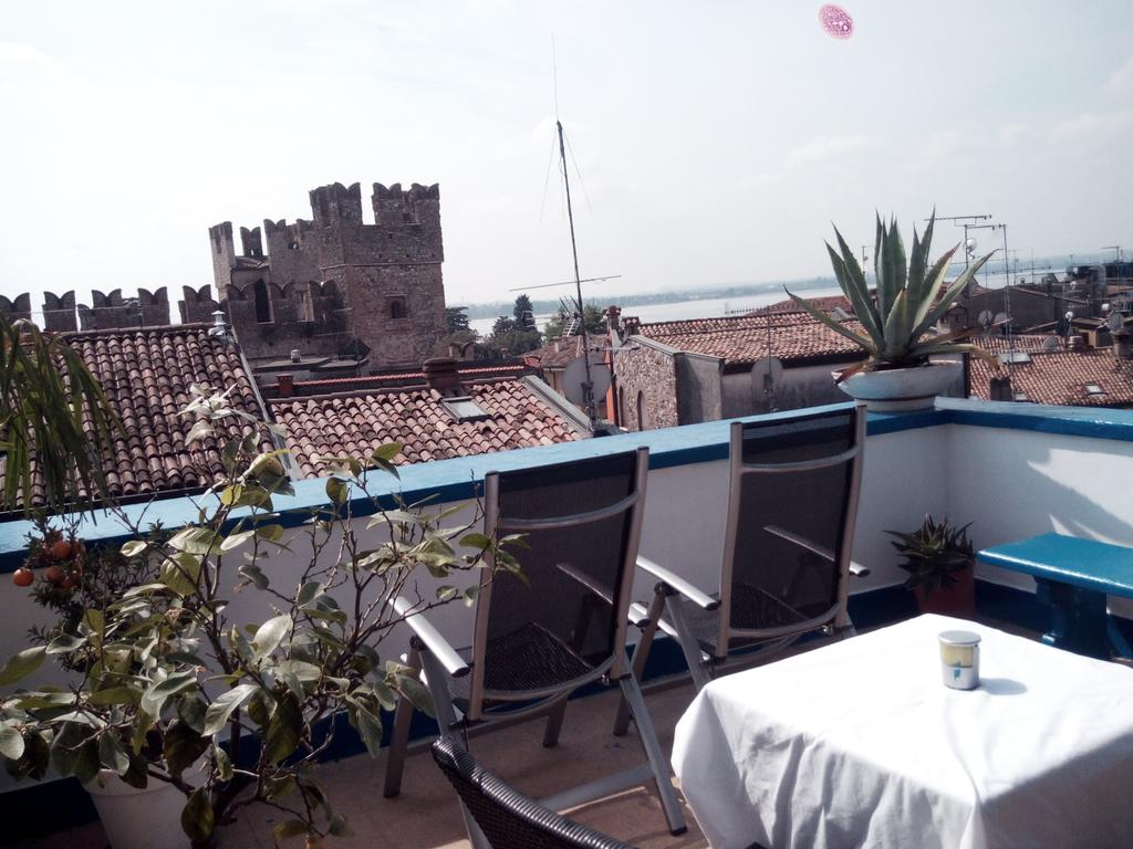 Meuble adriana sirmione altstadt am gardasee italien for Hotel meuble grifone sirmione