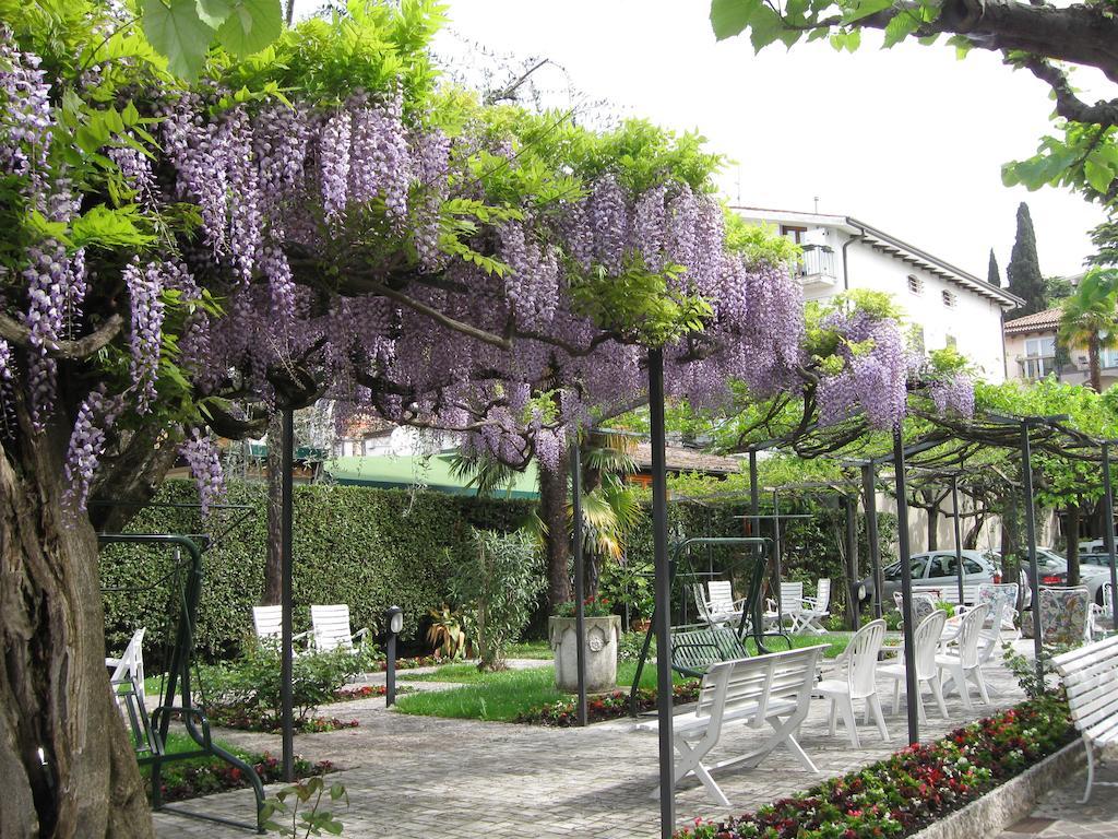 Hotel Giardino Sirmione Lake Garda Italy