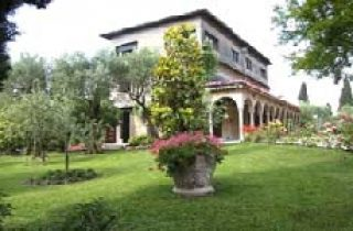 Hotel VILLA PARADISO **