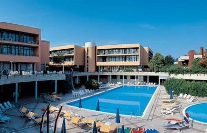 Hotel Residence HOLIDAY ***