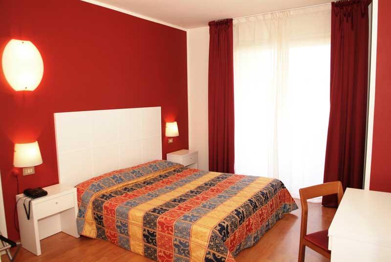 Hotel Riel Sirmione Lake Garda Italy Booking