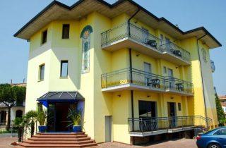 Hotel VILLA ROSA ***