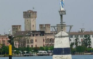 Sirmione vista dal lago di Lorenzo Pettinari (Milano)