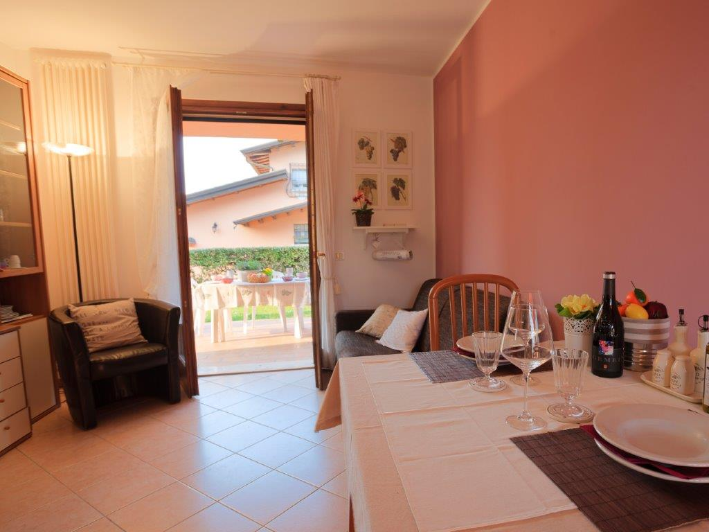 Bella Sirmione Holiday   Apartments Colombare on Lake Garda