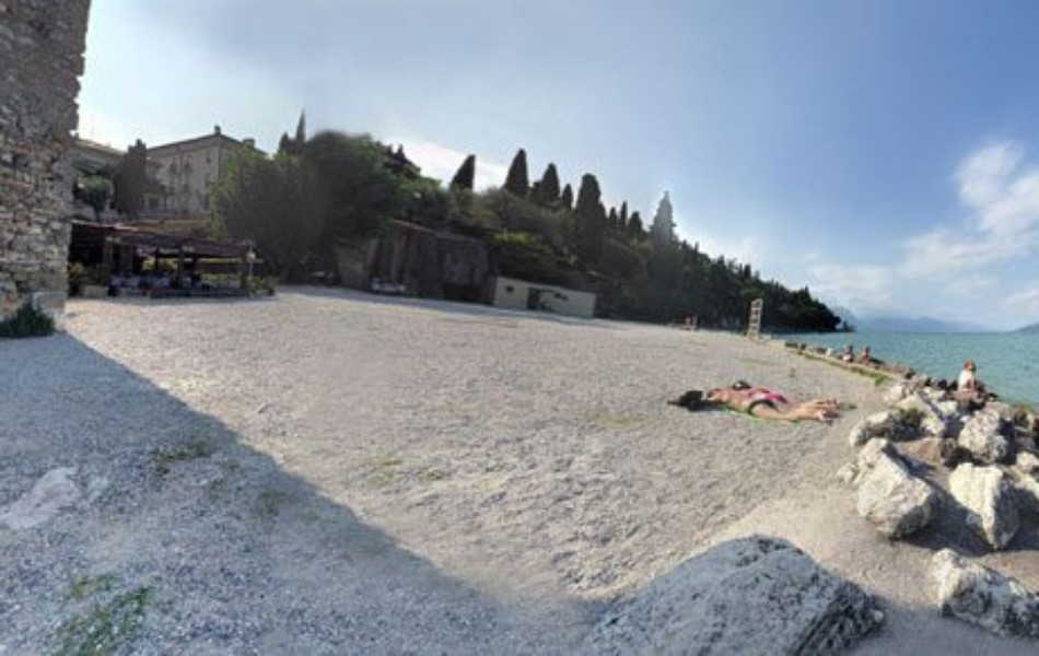 sirmione-spiaggia-delle-muse-beach